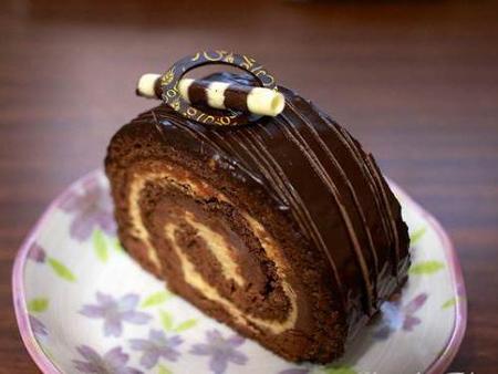 ۲ روش متفاوت تهیه کیک رولت