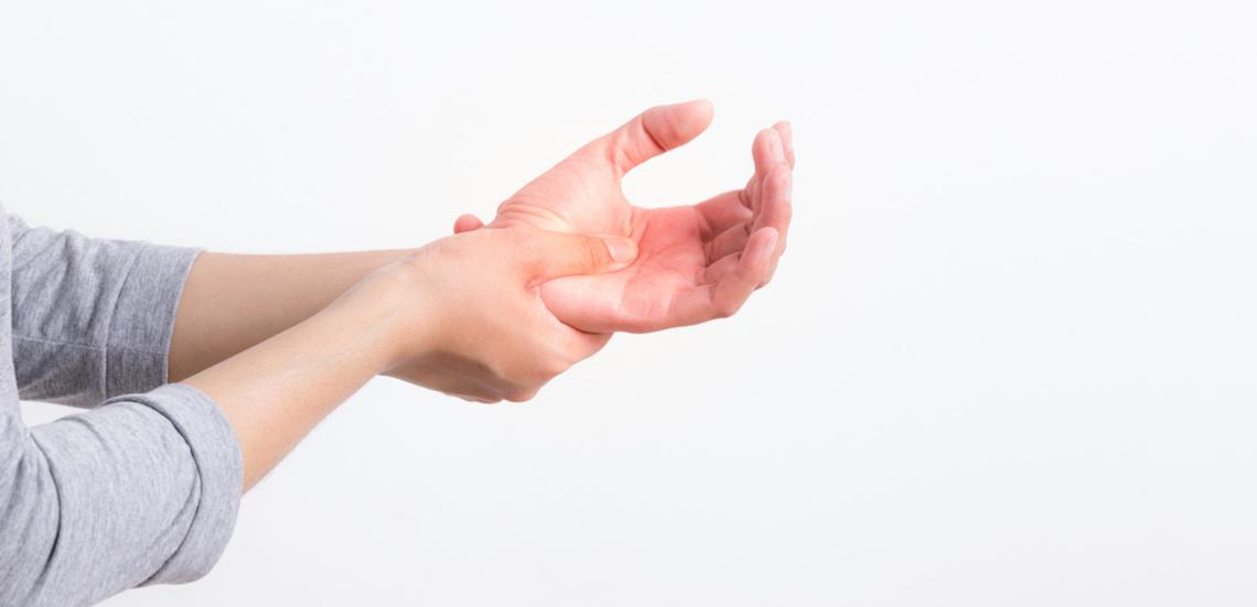 چرا دستهایم خواب میرود؟