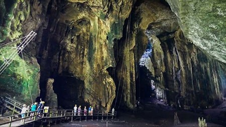 غار گومانتوگ، مکانی وحشتناک در مالزی