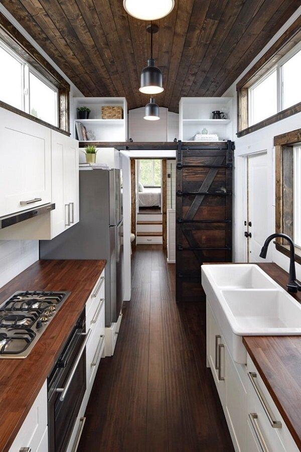 ساخت یک خانه کامل تمام متحرک در کانادا