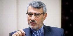 واکنش دوباره بعیدینژاد به مسدود کردن در ورودی سفارت ایران در لندن توسط معترضین