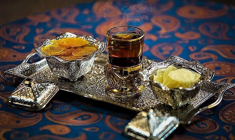 آبنبات پولکی زعفرانی برای چای عصرگاهی
