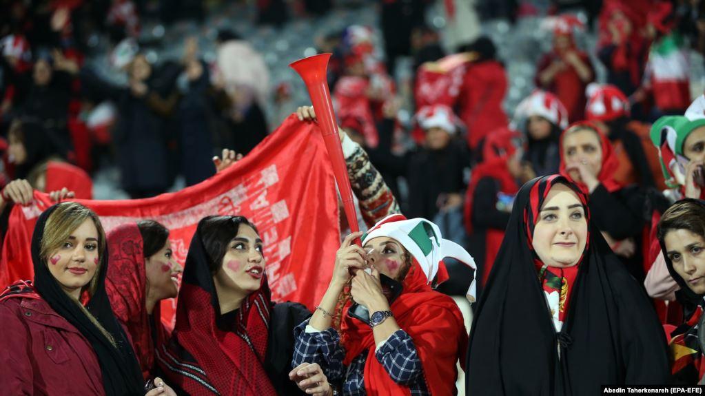 سفر هیأت ویژه «فیفا» برای بررسی وضعیت ورود زنان به ورزشگاه ها به ایران
