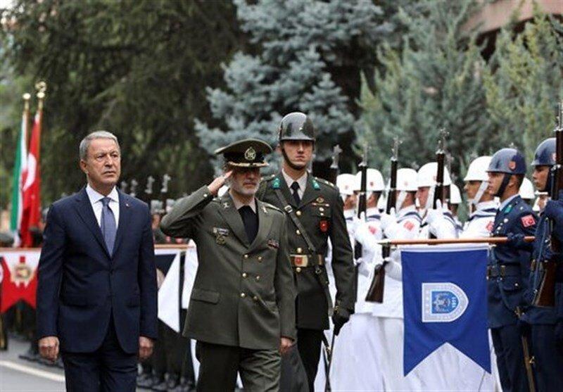 امیرحاتمی با وزیر دفاع ترکیه دیدار کرد +عکس