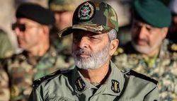 فرمانده کل ارتش از وزیر دفاع و سازندگان جت ایرانی «یاسین» تقدیر کرد