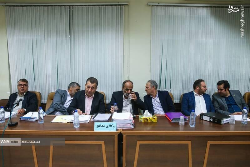 خطدهی عجیب آقای وکیل به متهم +عکس