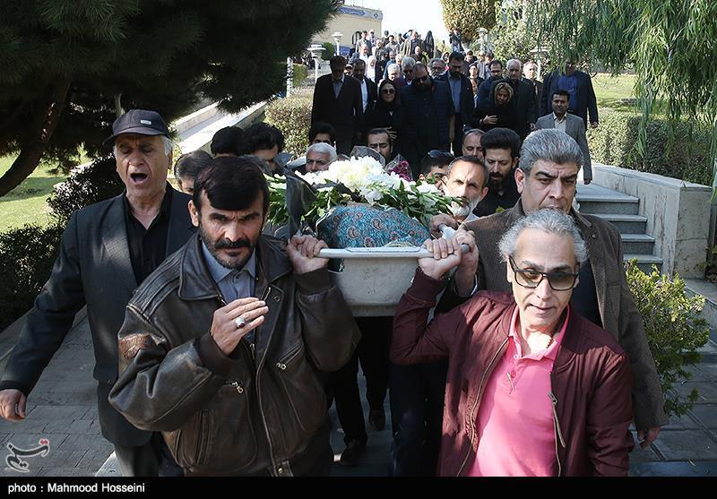 مراسم تشییع پیکر زندهیاد مجید اوجی تهیه کننده تلویزیون
