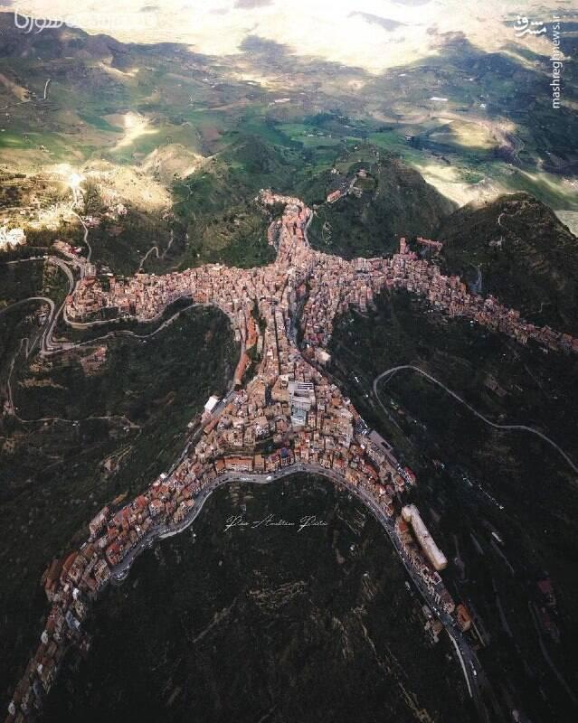 روستایی شبیه به انسان در ایتالیا+ عکس