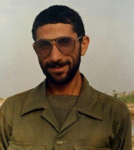 تصویر جوانی سردار قاآنی در دوران دفاع مقدس