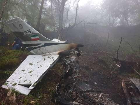 تصاویری از هواپیمای سقوط کرده در متل قو
