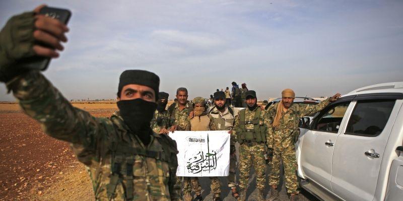 شطرنج روسیه و ترکیه با مهرههای سوریهای در صفحه لیبی
