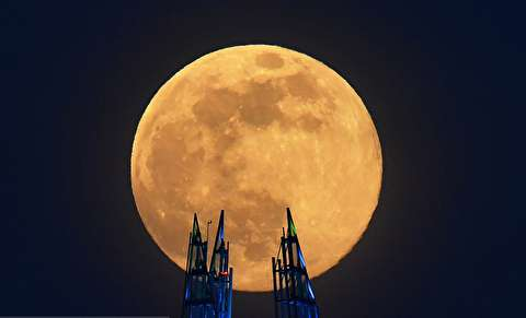 رخداد اولین پدیده «ابر ماه صورتی» در سال ۲۰۲۰