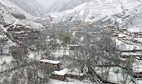 بارش برف بهاری در کلات
