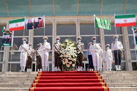 حضور منتخبین مردم بر سر مزار شهدای گمنام مجلس شورای اسلامی