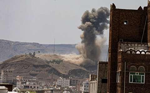 تصاویری از حملات هوایی ائتلاف عربی به صنعا در یمن