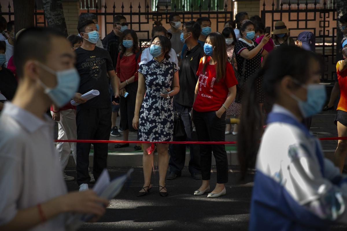 بزرگترین کنکور جهان در چین + عکس