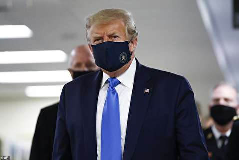 ترامپ سرانجام ماسک زد+عکس