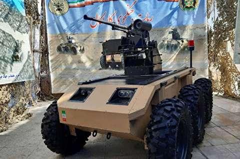ارتش جمهوری اسلامی رونمایی کرد:ربات جنگجوی کاراکال و لانچر موشک + فیلم