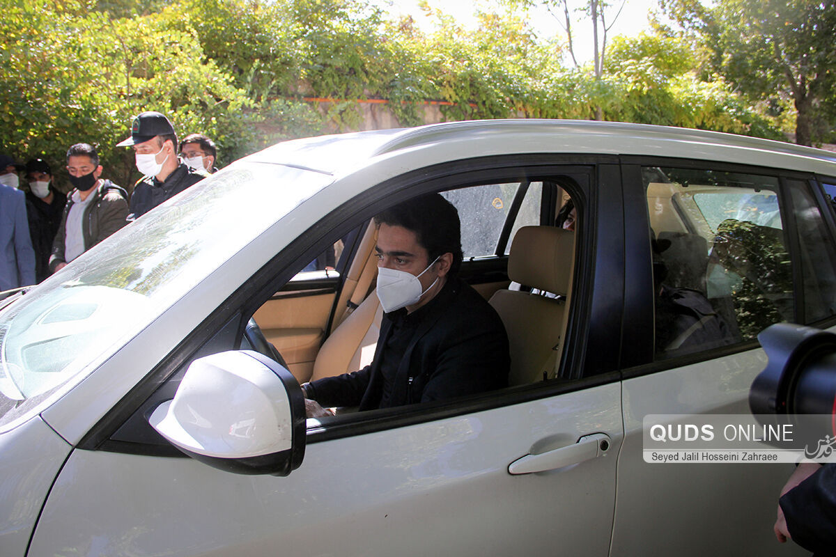 تصویری خاص از حضور «سحر دولتشاهی» در ماشین «همایون شجریان»