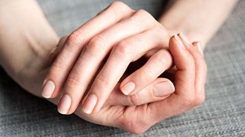 چگونه از ناخن های خود مراقبت کنیم؟