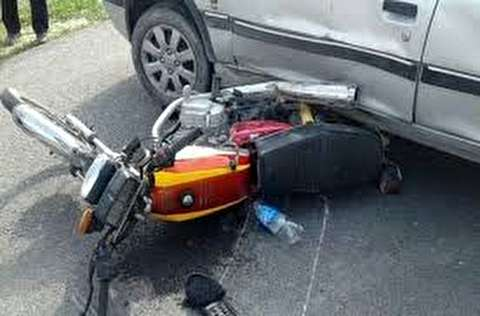 تصادف مرگبار موتور سوار با پراید در نوشهر+فیلم