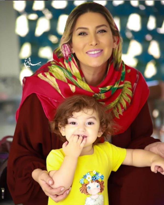 فریبا نادری از دخترش رونمایی کرد! + عکس