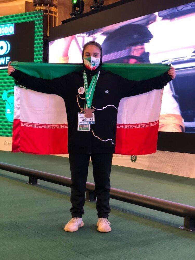کار زیبای دختر ۱۵ ساله ایرانی که مدال جهانی گرفت + عکس